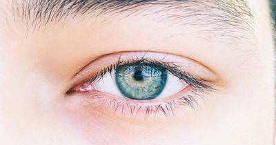 Männer mit blauen Augen aufgepasst!