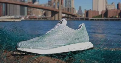 Adidas kreiert Schuhe aus altem Plastik