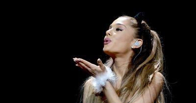Ariana Grande leckt die Donuts nur an