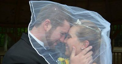 3 Wochen nach seiner Hochzeit, verspricht er einer Frau sie zu heiraten!