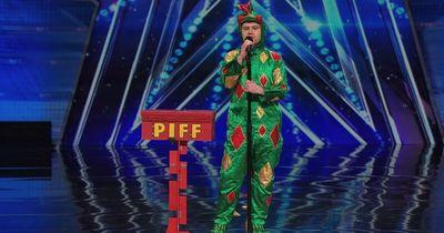 Dieser, als magischer Drache verkleidete Mann, ist das lustigste, was du heute sehen wirst!