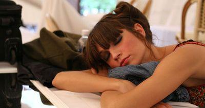 Schockierende Studie: Unregelmäßiger Schlaf hat tödliche Konsequenzen!