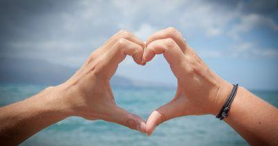 Liebe überwindet alles – sogar einen Blitzeinschlag!