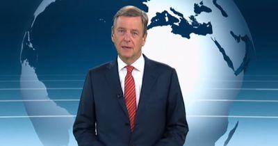 Nachrichtensprecher bricht mitten in der Sendung in Tränen aus