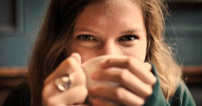 9 echt eklige Sachen, die wir alle total gerne machen