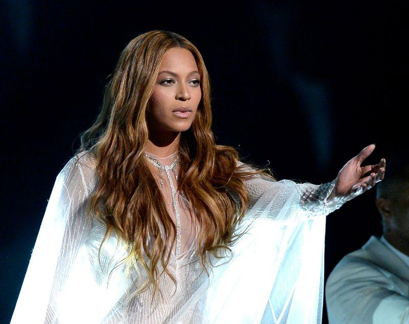 Darum erwischen wir Stars wie Beyoncé bei Unwahrheiten!