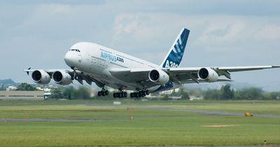 Fluggäste sollen Preise in Abhängigkeit von ihrem Körpergewicht zahlen!