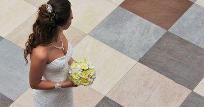 Bräutigam bläst Hochzeit ab! Daraufhin tun die Eltern der Braut etwas Selbstloses!