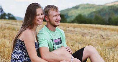 5 Zeichen dafür, dass dein Date eigentlich gut läuft!