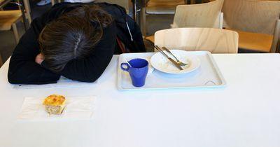 Warum wir nach dem Essen sofort ein Nickerchen machen könnten