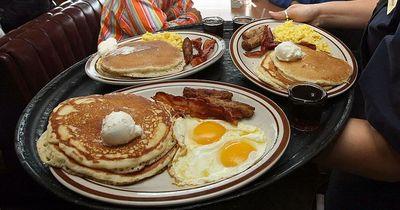 Warum ein großes Frühstück morgens ungesund ist