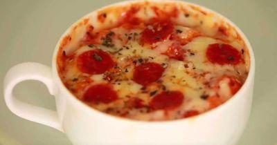 So backst du eine Tassenpizza!