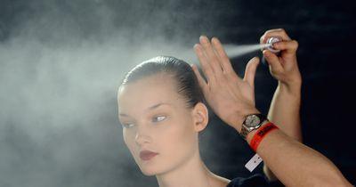 Diese verrückten Dinge kannst du mit Haarspray machen!