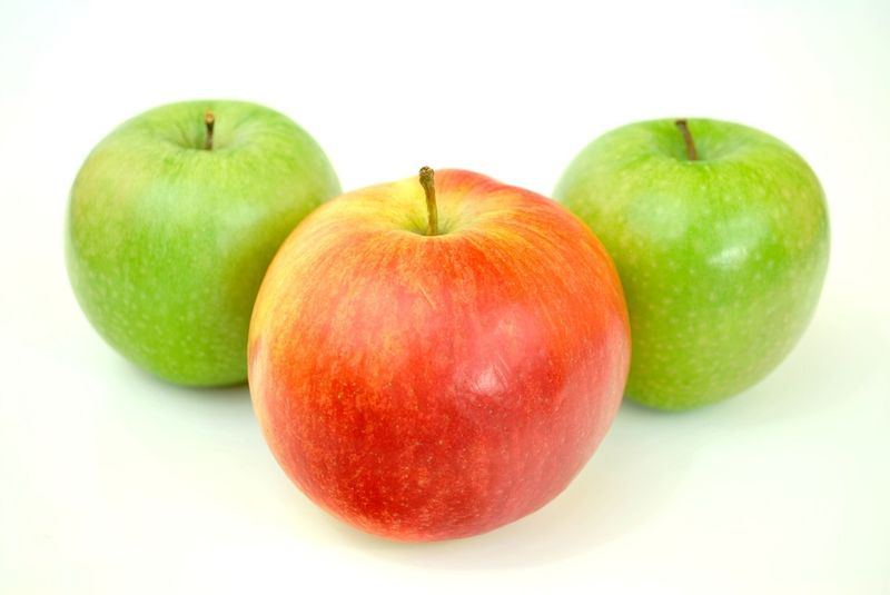 Achtung! DARUM sind Äpfel aus dem Supermarkt gefährlich!