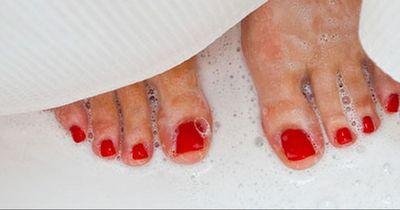 Das passiert, wenn du in der Dusche urinierst!