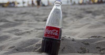 Verrückt & lecker: So machst du aus Cola eine Gummiflasche!