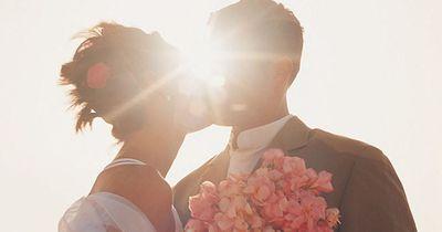 Online-Ehen halten am längsten