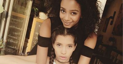 GNTM: Jetzt knutschen auch Lara und Yusra