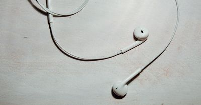 Wattestäbchen solltest du nicht für die Ohren benutzen, sondern DAFÜR!
