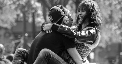 Mit diesem Trick haltet ihr eure Beziehung immer frisch!