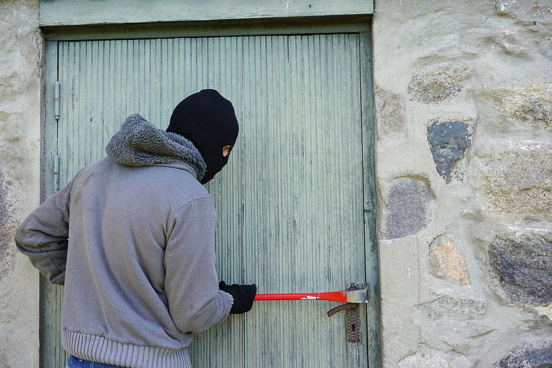 So markieren Diebe Häuser zum Einbrechen