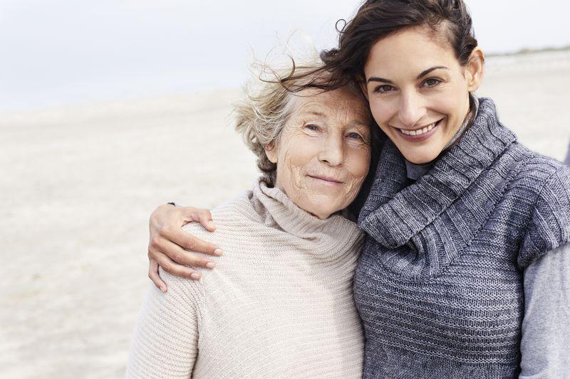 Je mehr Zeit man mit seinen Eltern verbringt, desto länger werden sie leben.
